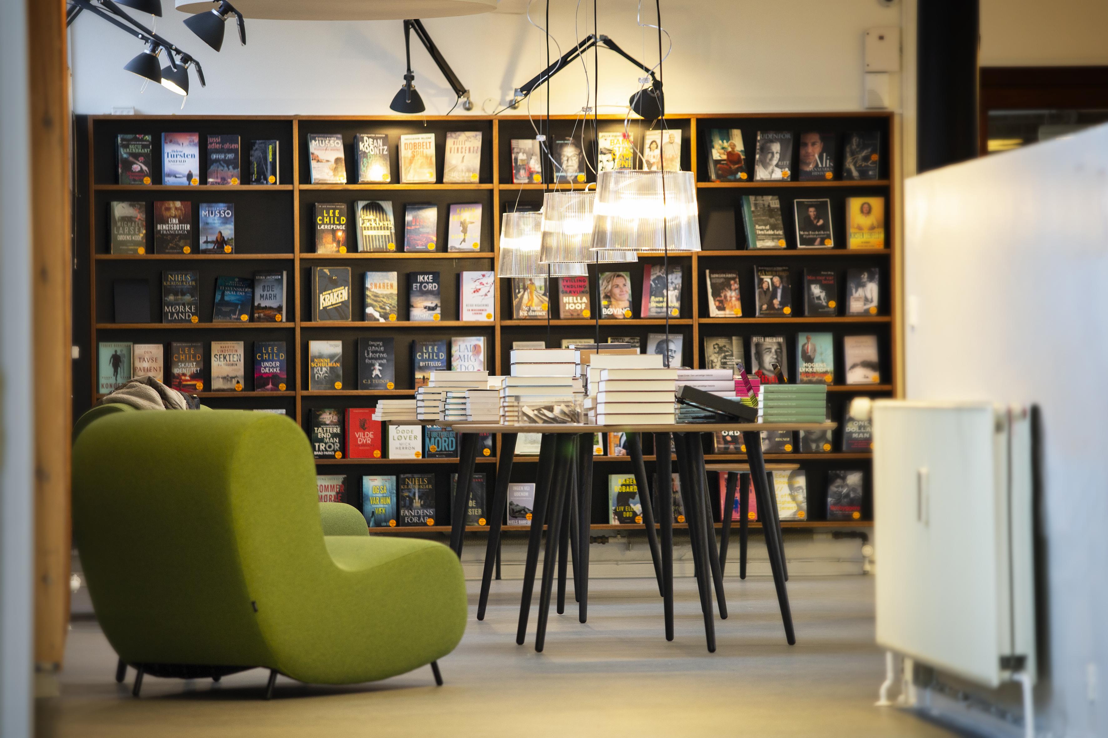 Biblioteket Godthåbsvej står nu færdigt efter en modernisering og venter på, at corona-restriktionerne ophæves, og vi igen kan nyde de nye lokaler.