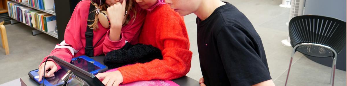 Børn skaber lydværk til Solbjerg Plads