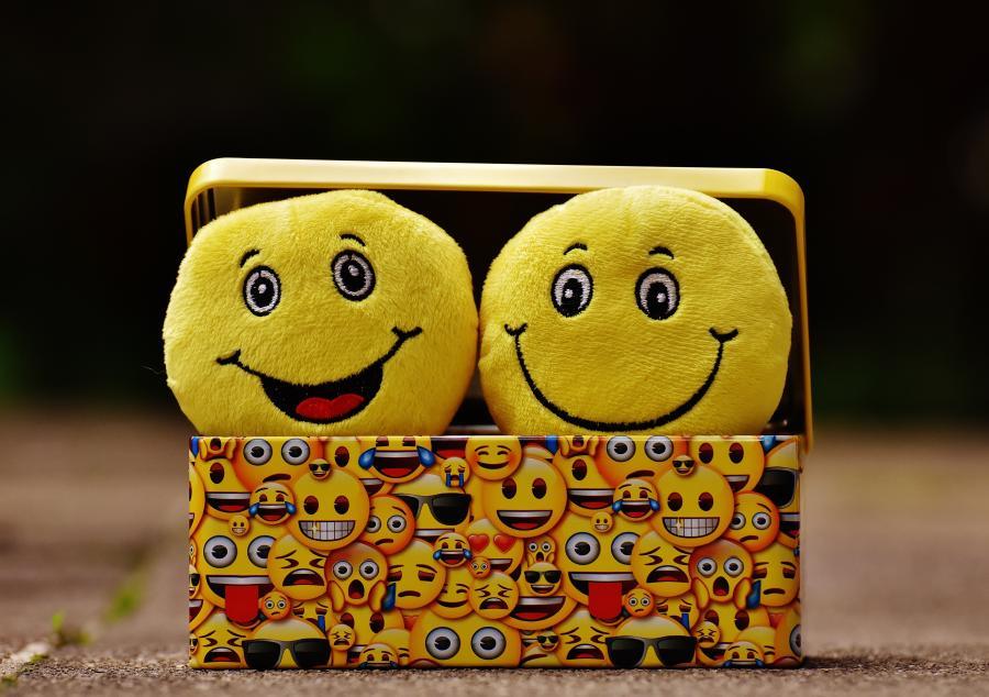 Leg med emojis