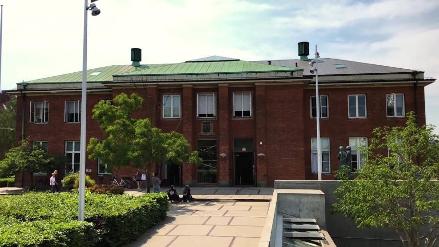 Hovedbiblioteket på Solbjerg Plads set udefra