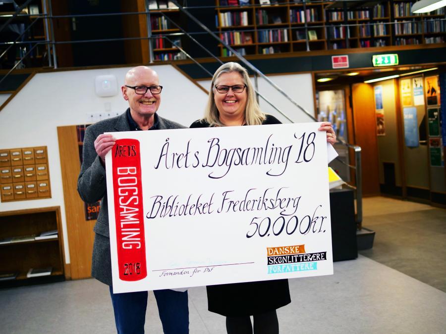 Borgere køber bøger til biblioteket